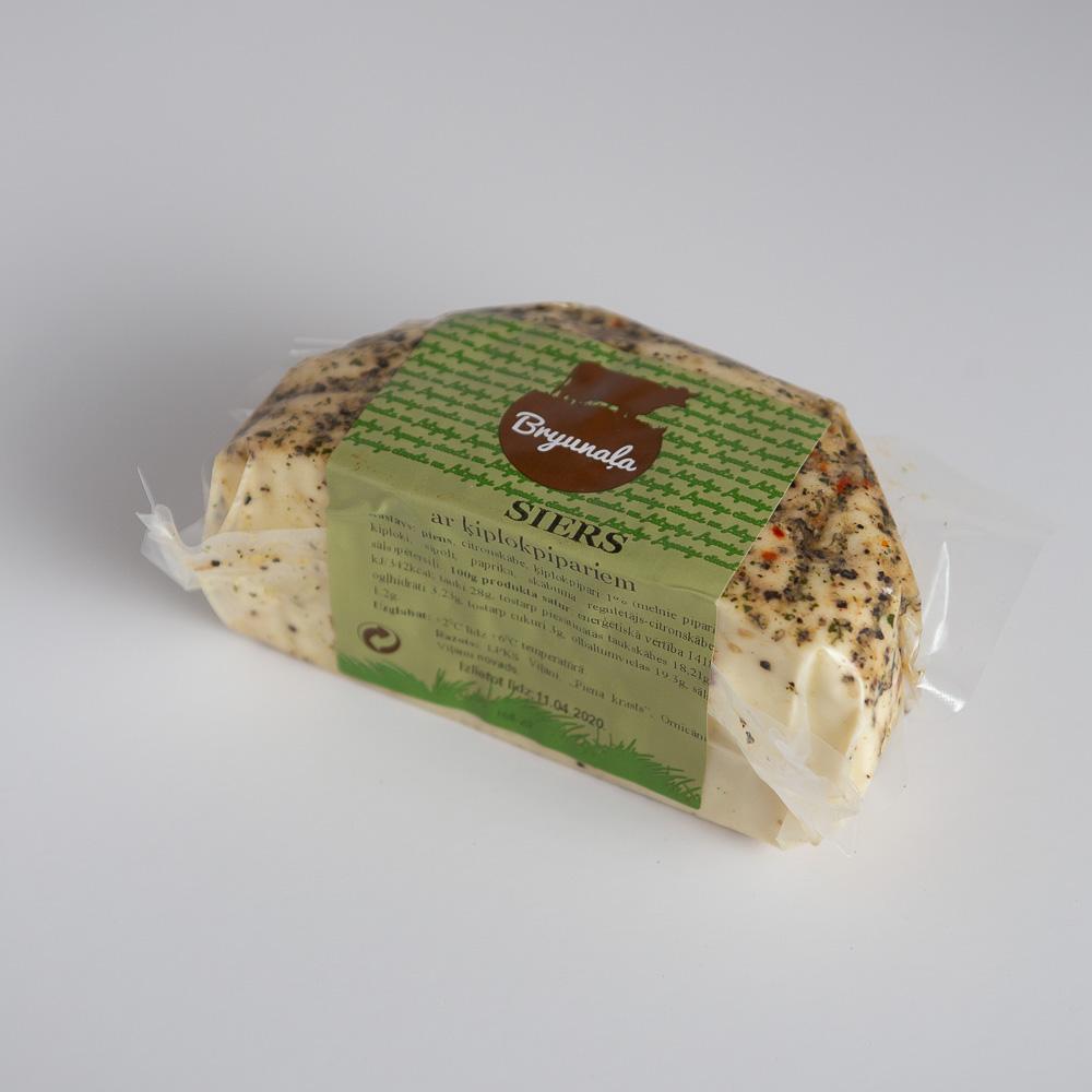 Mājas siers ar garšaugiem 330g