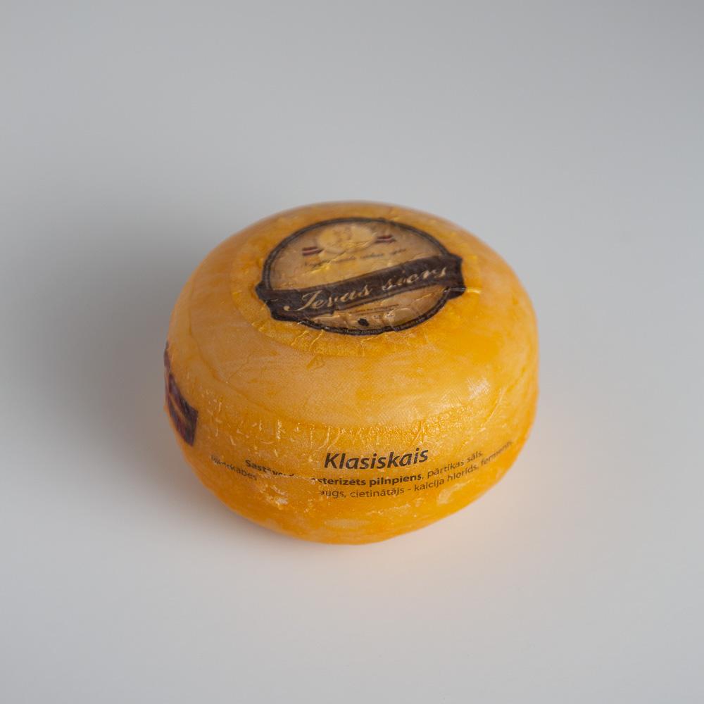 Ievas siers klasisikais 500g ritulis